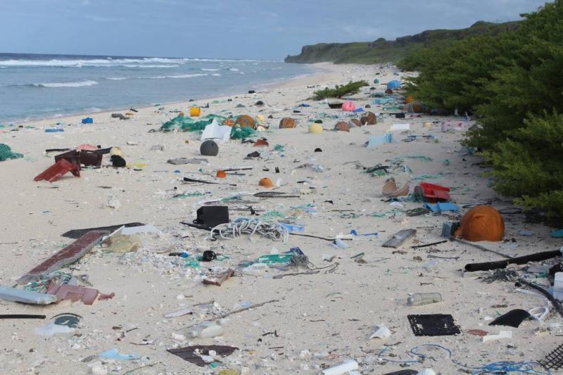 Brussel voert strijd tegen plastic op