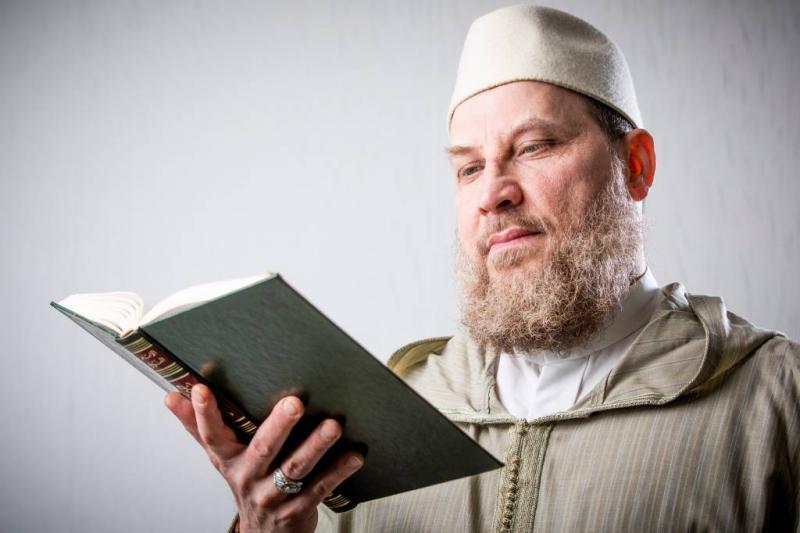 NCTV kijkt naar Amsterdamse preek Jneid