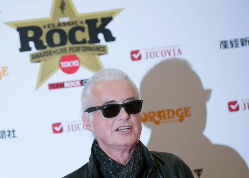 Jimmy Page is tegen zwembad Robbie Williams