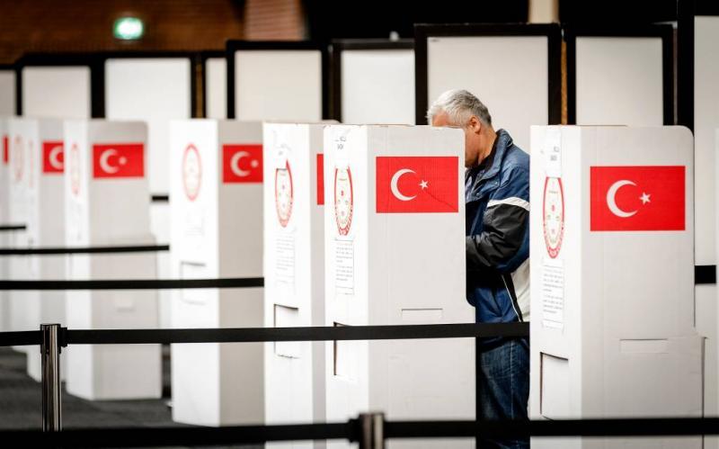Turken mogen op drie plekken stemmen