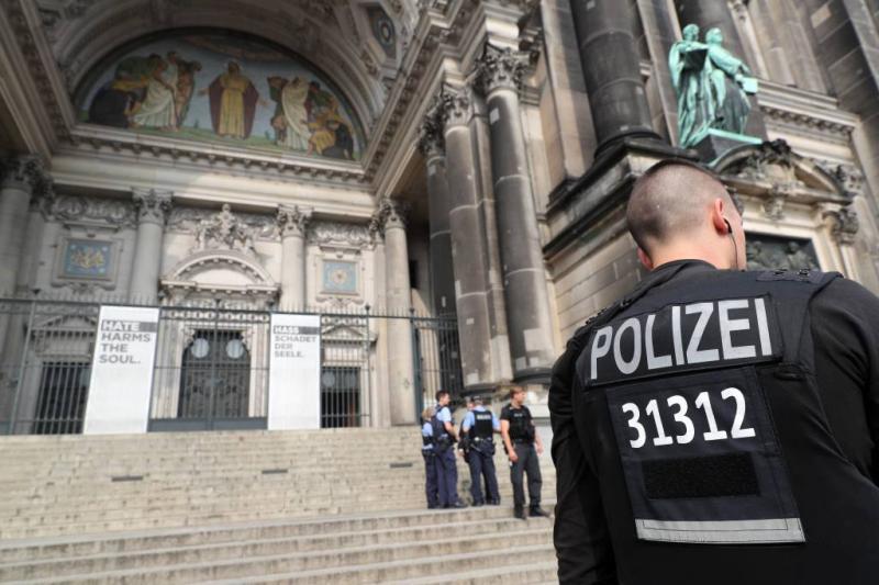 Man neergeschoten in Dom van Berlijn