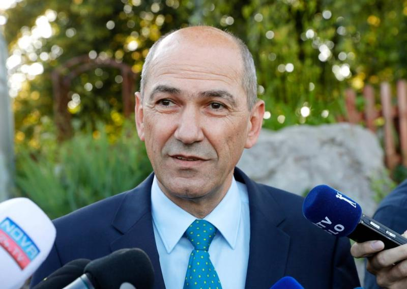 'Oppositiepartij wint verkiezing Slovenië'