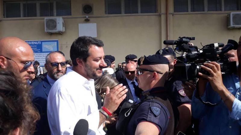 Minister: Italië niet langer vluchtelingenkamp