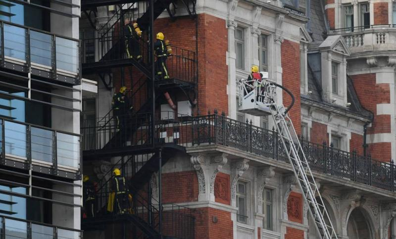 Robbie Williams geëvacueerd wegens hotelbrand
