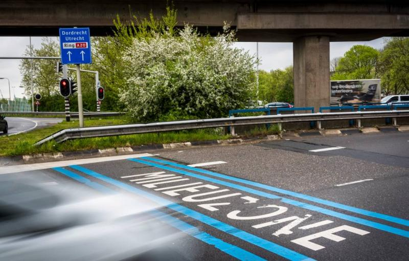 Rotterdam mag vervuilende benzineauto weren