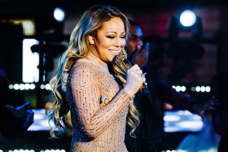 Zoon Mariah Carey bestelt hond online