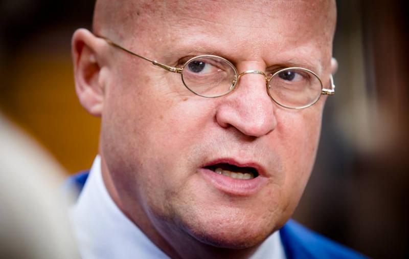 Minister: bronbescherming fundamenteel recht