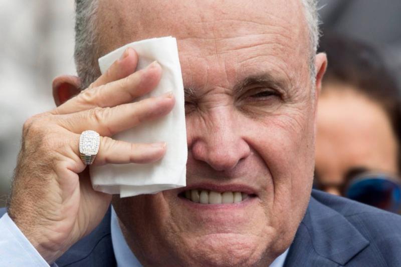 Giuliani teruggefloten na Melania-uitspraak