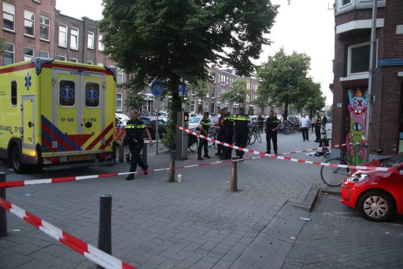 Man in Rotterdam achternagezeten en beschoten