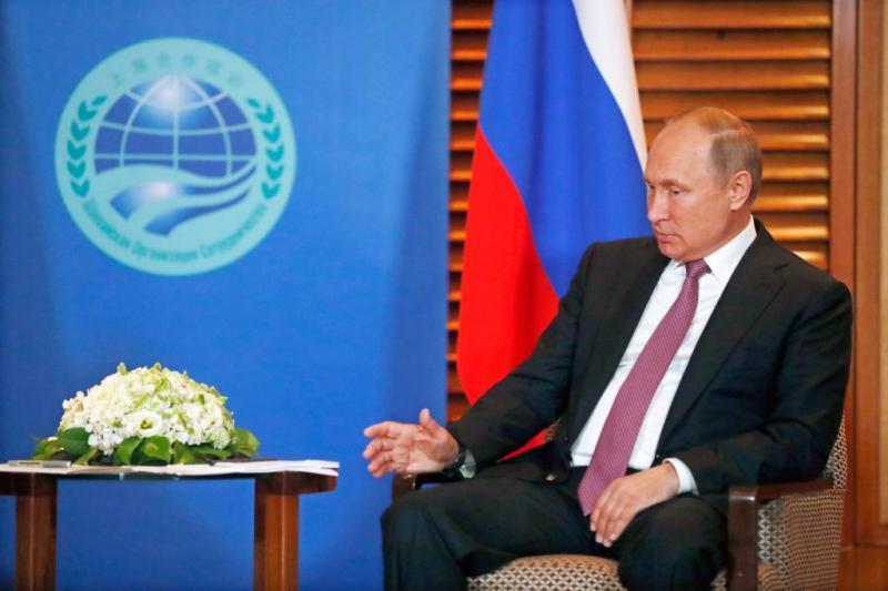Poetin gelooft in constructieve dialoog Trump