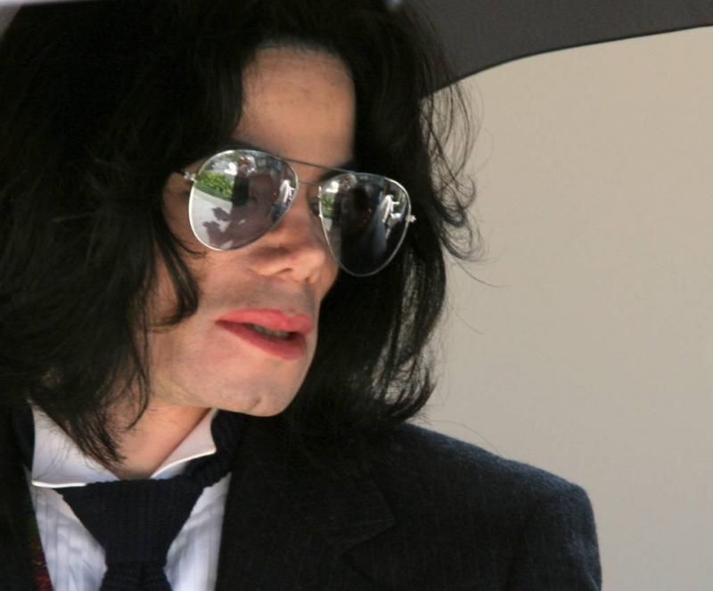 Olifant van Michael Jackson ontsnapt