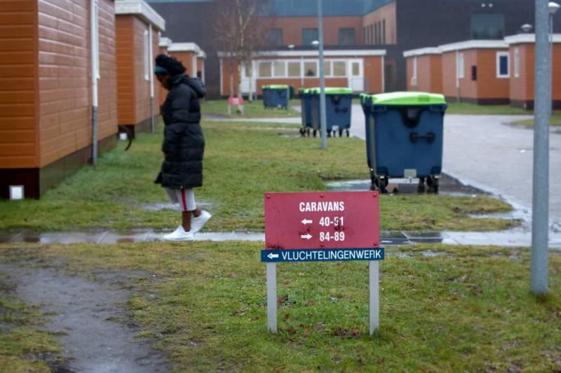 Uitwijzen asielzoeker mag niet tijdens beroep