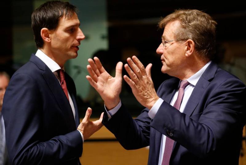 Elf landen achter Hoekstra over eurozonebudget