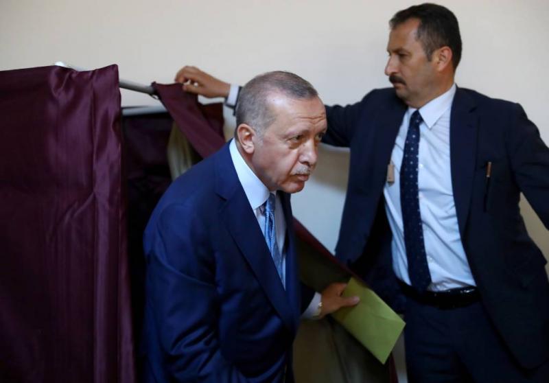 Erdogan ziet 'democratische revolutie'