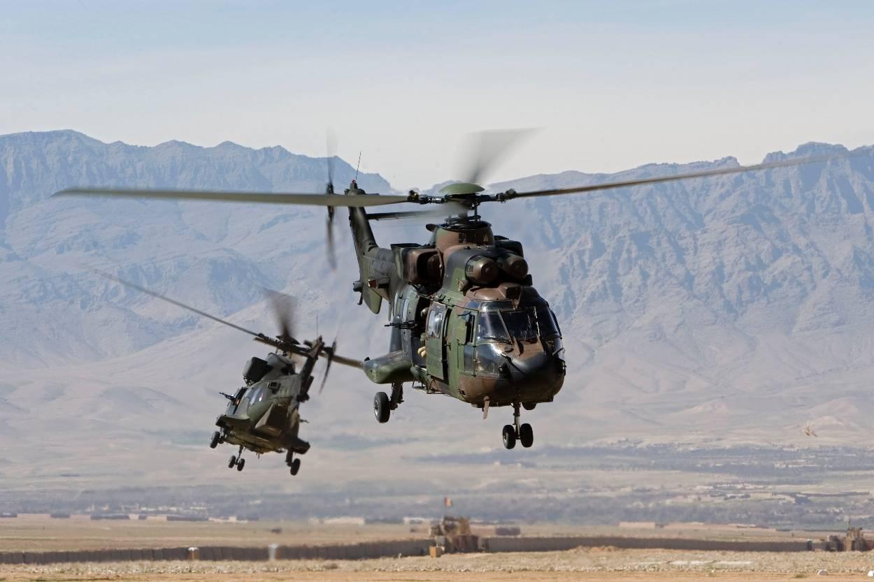 Archief: Cougars. Het toestel groeide uit tot de meest veelzijdige helikopter. (Foto: Ministerie van Defensie)