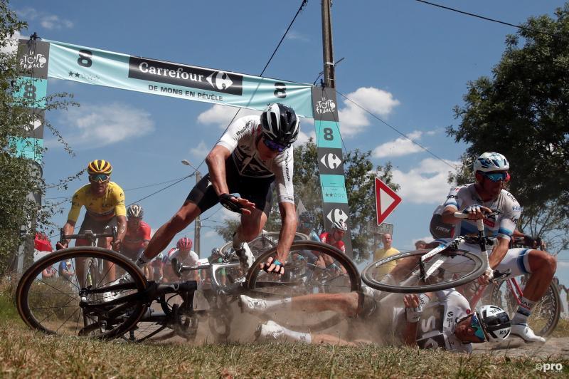 Het gaat even niet goed in de Tour de France, wat is een leuk onderschrift bij deze foto? (Pro Shots / Action Images)