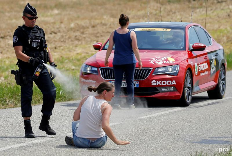 Protesterende boeren zorgen voor neutralisatie etappe Tour (Pro Shots / Action Images)
