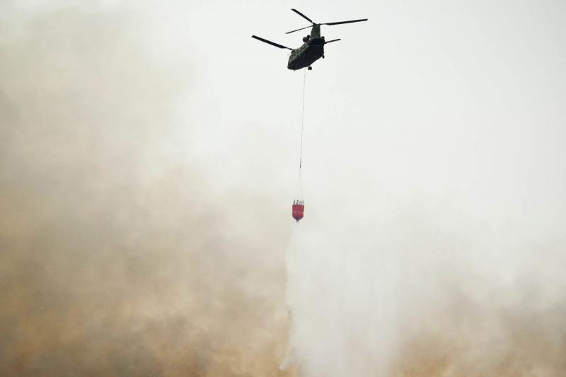 Opnieuw Chinook ingezet bij bestrijden van afvalbrand (Archieffoto Defensie.nl)