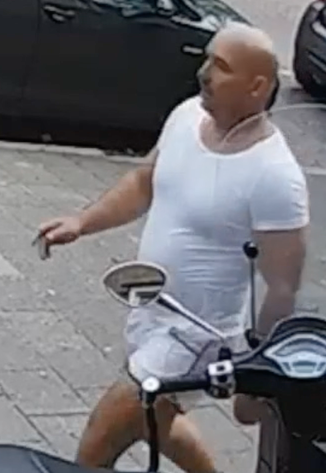 Politie geeft foto's van schutter Amsterdam vrij (Foto: Politie.nl)