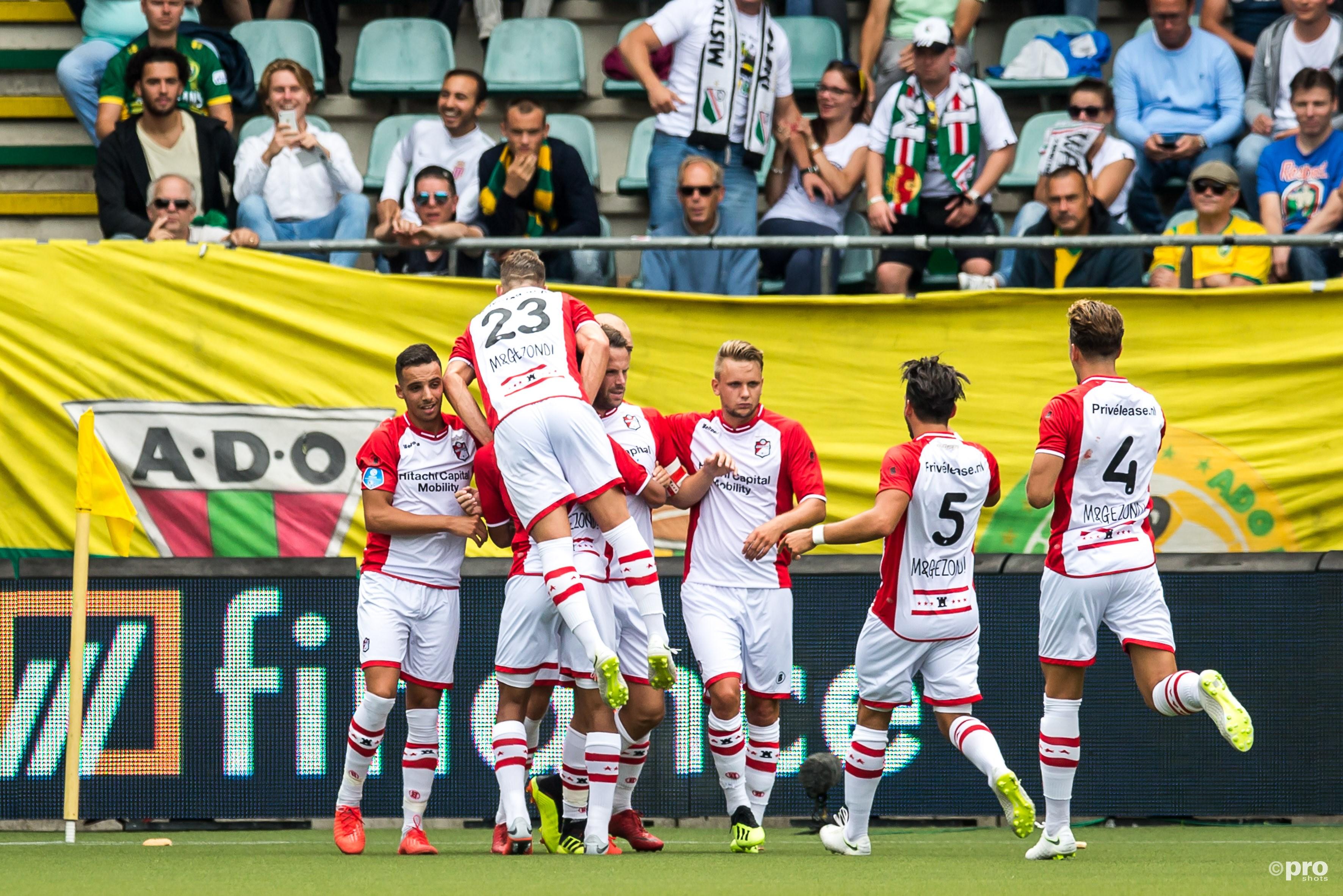 Eerste overwinning voor FC Emmen. (PRO SHOTS/Dennis Wielders)