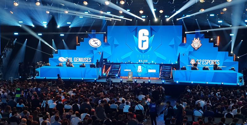 Six Major Paris