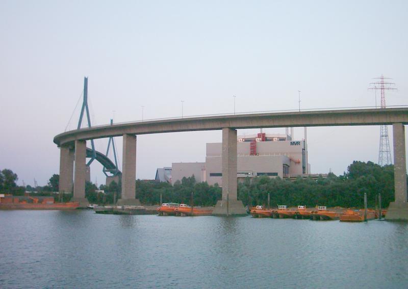 Vrouw met hoogtevrees durft brug niet over  (Foto: Wikimedica Commons)