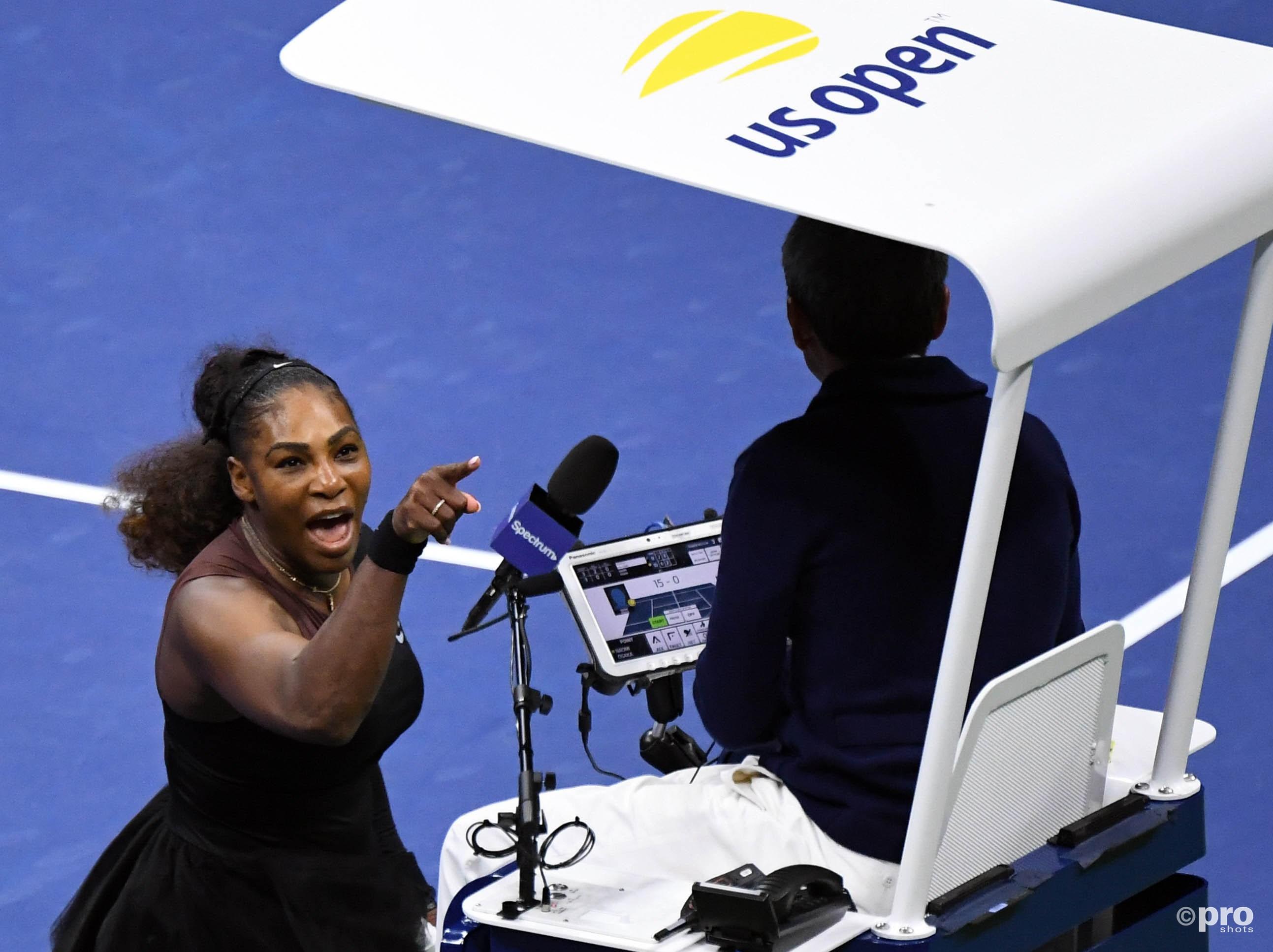 Serena Williams moet 17.000 dollar betalen. (PRO SHOTS/Action Images)