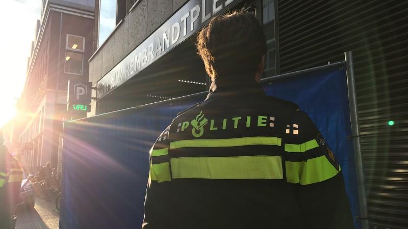 24-jarige man zwaargewond bij schietpartij Amsterdam (Foto: Politie.nl)