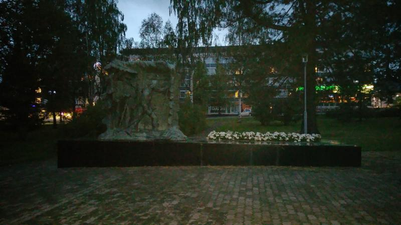 Een monument in Tornio in Finland  (Foto: Interpretatie)