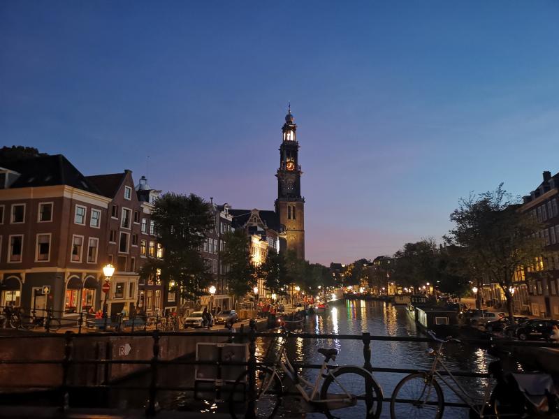 Amsterdam by night  (Foto: DJMO)