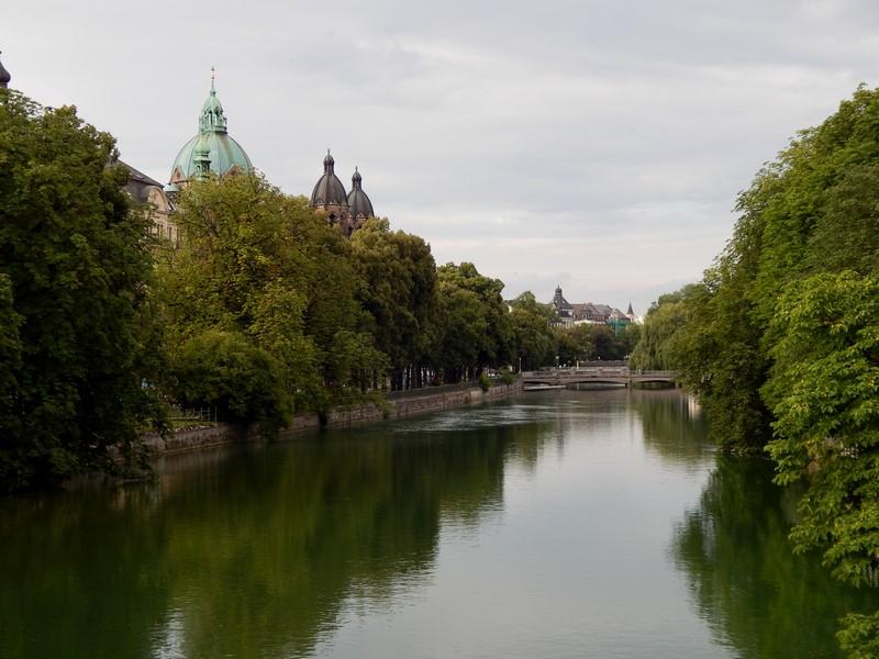 De rivier de Isar in München (Foto: bazbo)