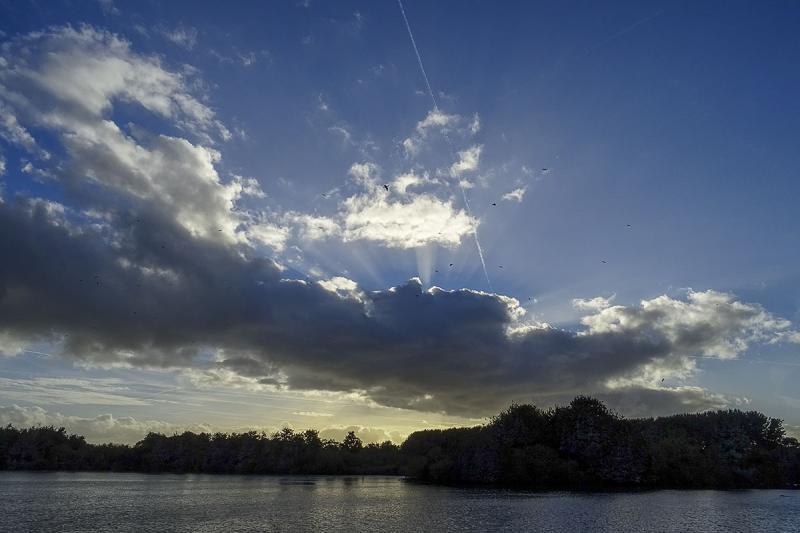 Een nogal dreigend wolkje waar uiteindelijk niets uit kwam. (Foto: Ouwesok)
