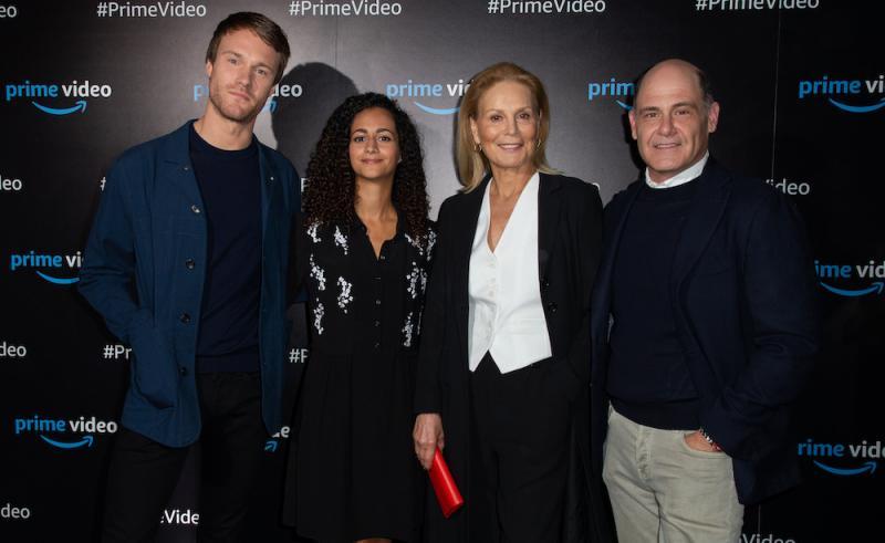The Romanoffs: Hugh Skinner. Inès Melab, Marthe Keller en Matthew Weiner