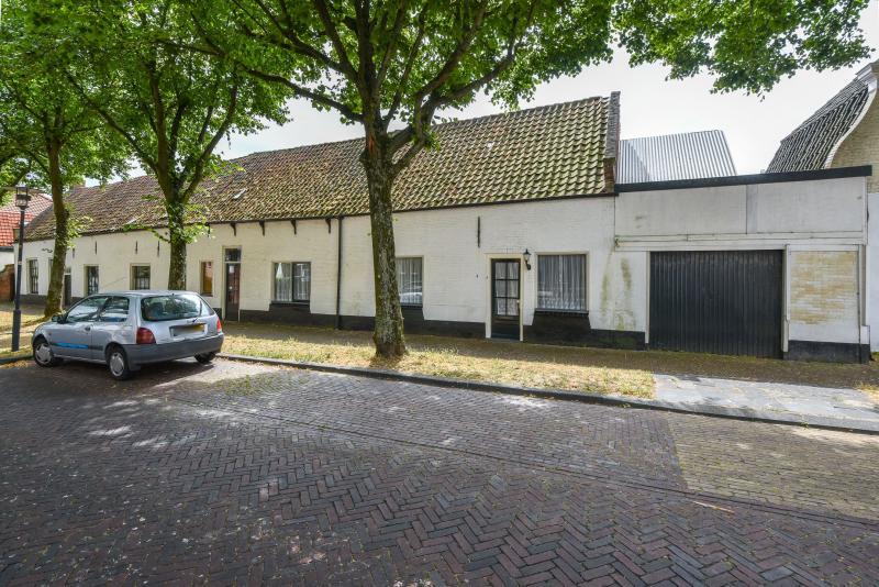 Ruimte genoeg in Egmond aan den Hoef (Foto: Funda)
