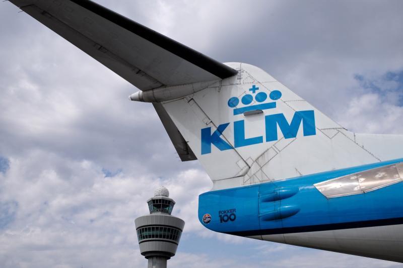 Drinkende co-piloot terecht ontslagen door KLM (Foto ©Pxhere)
