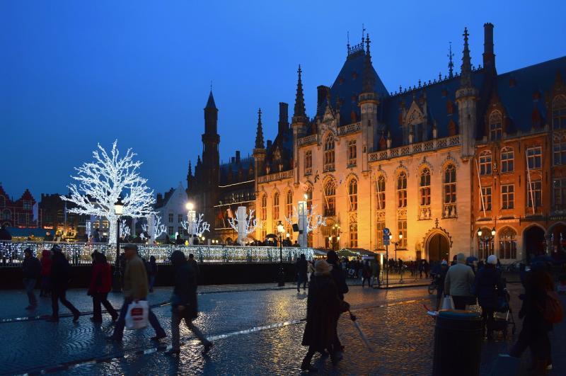 Wintermarkt in Brugge krijgt mogelijk nieuwe naam, iedereen mag meedenken