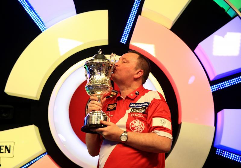 Glen Durrant won de titel vorig jaar voor de tweede keer op rij (Foto: Eurosport)