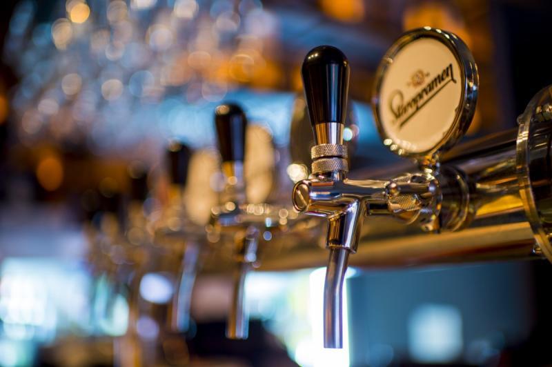 'Dronken' café-eigenaar mag blijven tappen (Foto ter illustratie ©Pxhere)