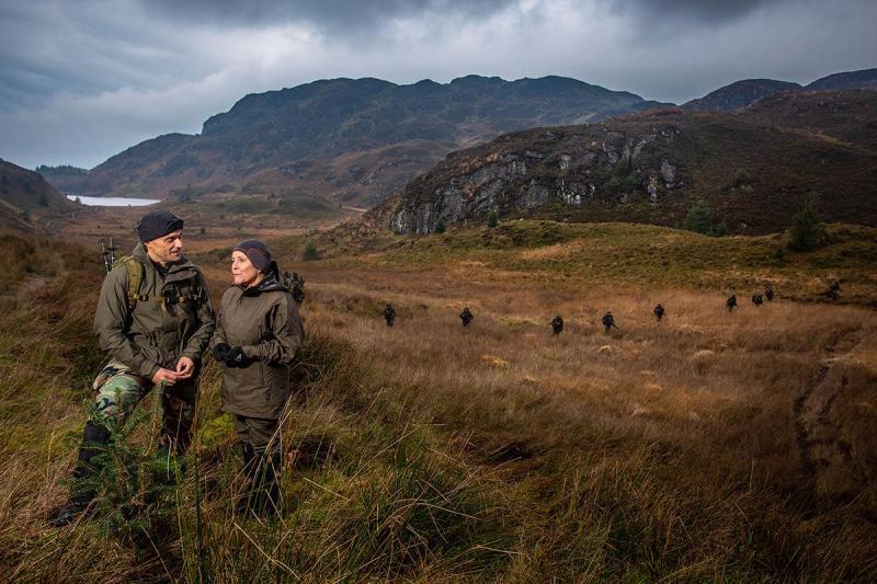 Ank Bijleveld bezoekt mariniers in Schotland (Foto: Defensie.nl)