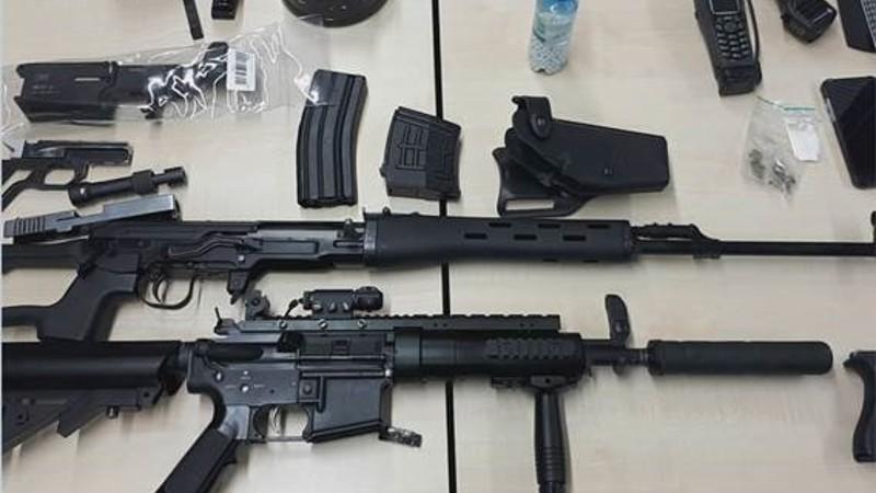 Man opgepakt die online wapens te koop aanbood (Foto:Politie.nl)