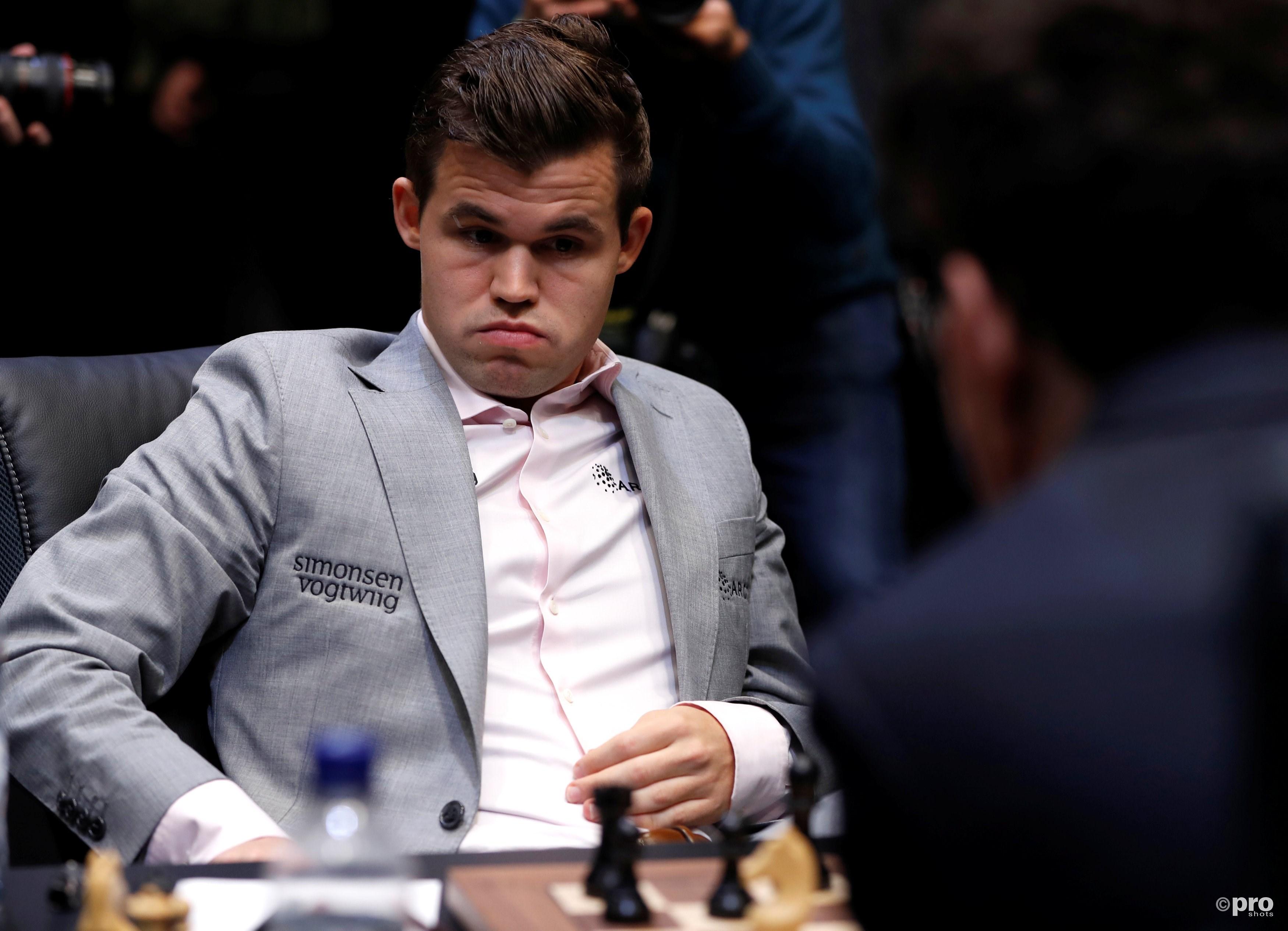Carlsen alsnog wereldkampioen. (PRO SHOTS/Action Images)
