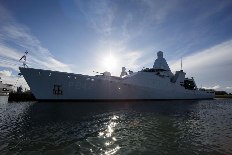 Mariniers op tijd thuis om pakjesavond te vieren (Foto: Koninklijke Marine )