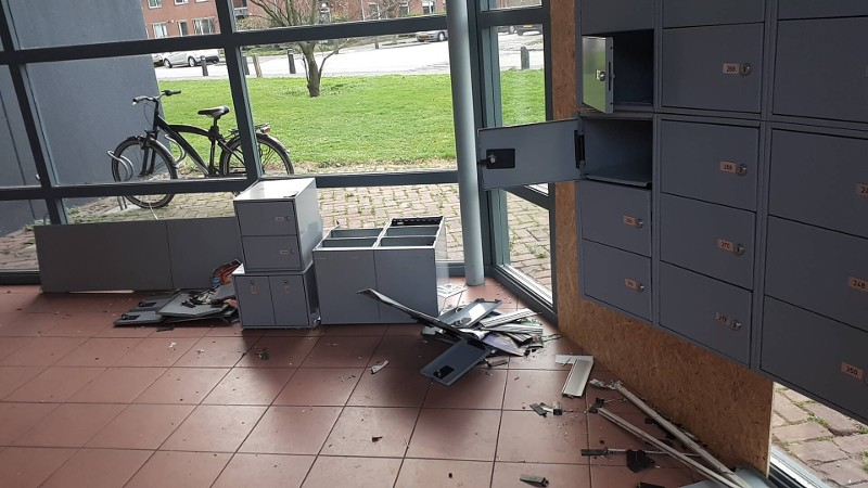 Politie treft ravaga aan na explosie in flat (Foto: Politie.nl)