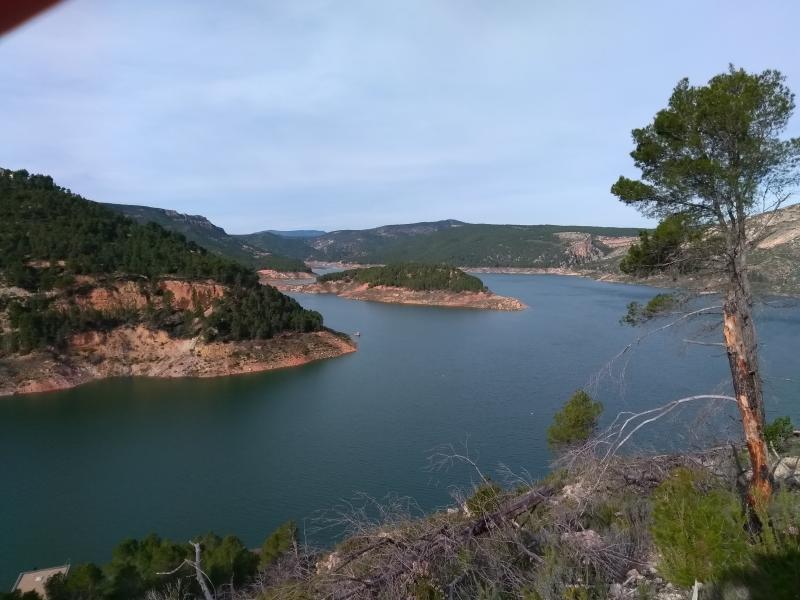 Het stuwmeer bij Benageber in Spanje.  (Foto: Kroezel)