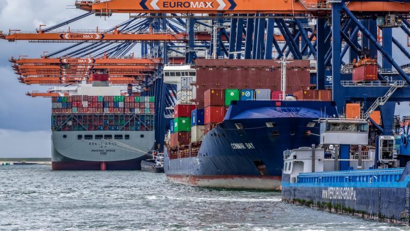 Goederenvervoer steeds vaker via logistieke knooppunten (Foto: Pxhere)