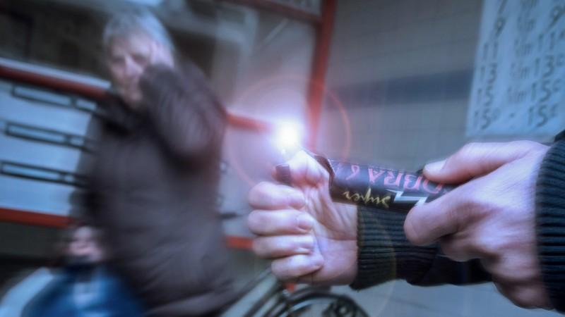 100 kilo illegaal vuurwerk gevonden na melding schietincident (Stockfoto Pxhere)