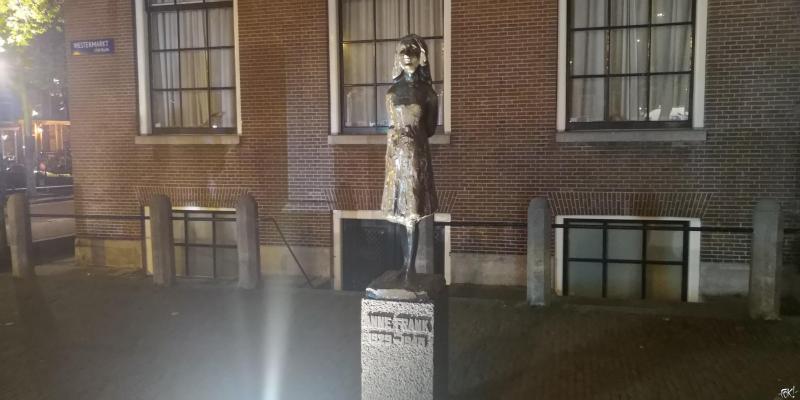 Anne Frank Stichting is merknaam 'Anne Frank' kwijt (Foto: FOK!)