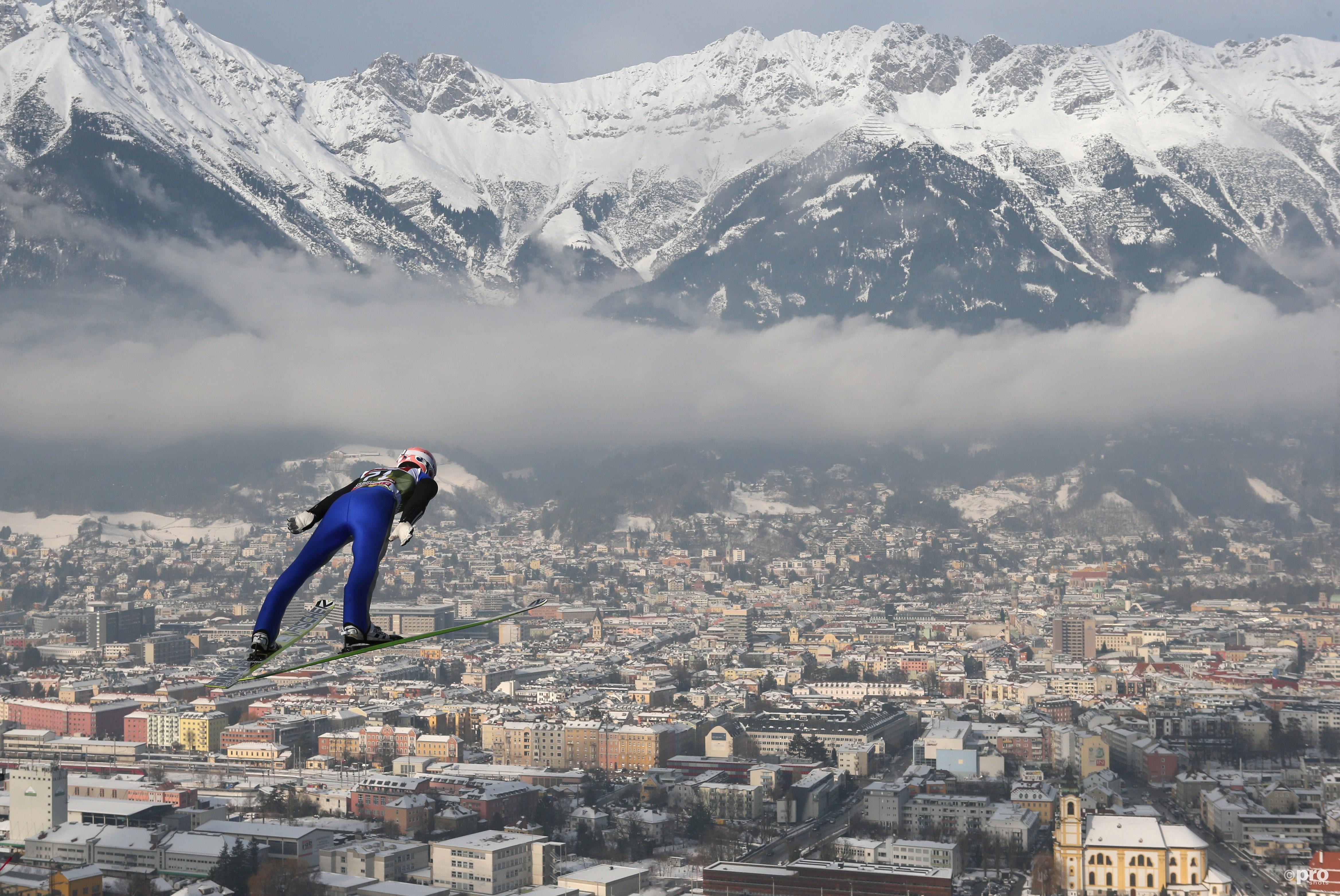 Severin Freund vliegt over de prachtige Bergisel boven Innsbruck (Pro Shots/Gepa)