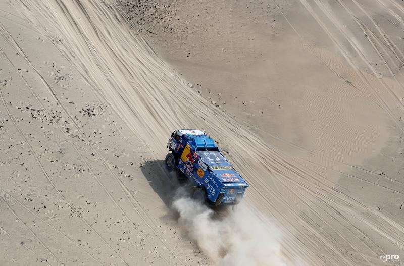 Nikolaev nipt sneller dan Nederlandse truckers in Dakar (Pro Shots / Action Images)