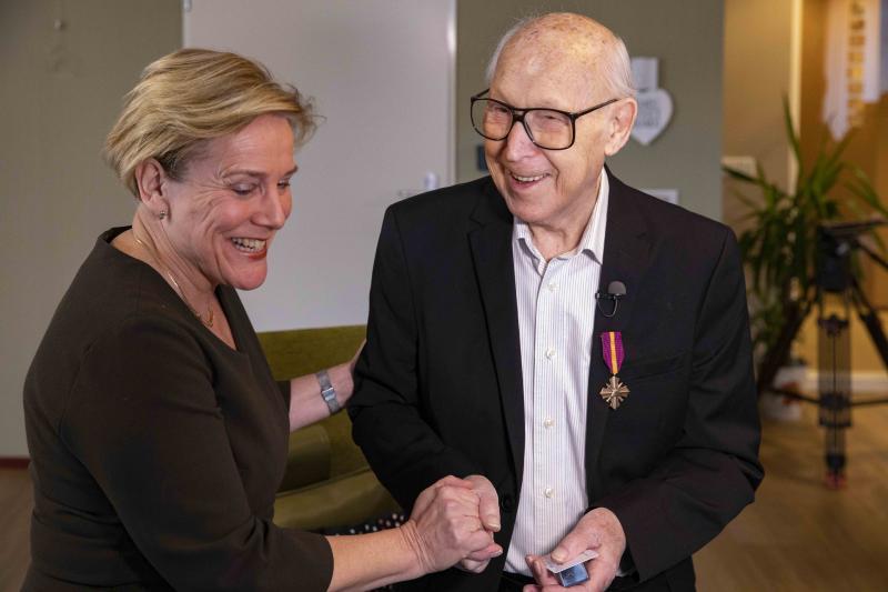 Mobilisatie Oorlogskruis voor bijna 100-jarige Dieleman (Foto: Defensie)